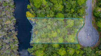 39 J HUNTER'S WAY N, Freeport, FL 32439 - Photo 2