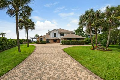 130 DOLPHIN POINT RD, Niceville, FL 32578 - Photo 2