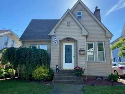 521 COLLEGE ST, Paintsville, KY 41240 - Photo 1