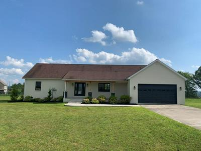 680 PHOENIX PLACE BLVD, Hazard, KY 41701 - Photo 1