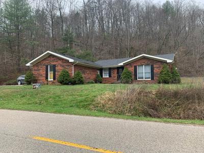 2765 HOLLY RD, Campton, KY 41301 - Photo 2