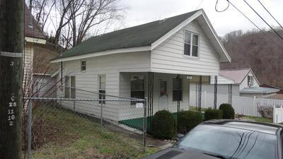 672 DEPOT ST, Paintsville, KY 41240 - Photo 1