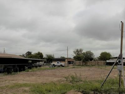 ROMAN CIRCLE, Eagle Pass, TX 78852 - Photo 2