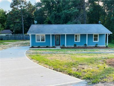 6405 WENDY TER, Fayetteville, NC 28306 - Photo 2