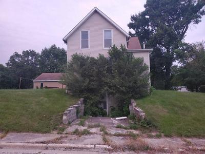 102 1ST AVE NE, Dayton, IA 50530 - Photo 2
