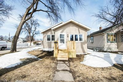 357 15TH AVE S, FARGO, ND 58103 - Photo 1