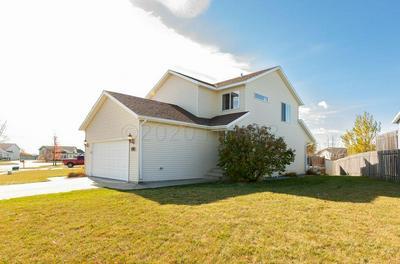 927 38 1/2 AVE W, West Fargo, ND 58078 - Photo 2