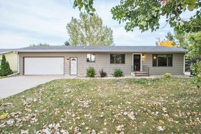410 4TH ST SE, Hillsboro, ND 58045 - Photo 1