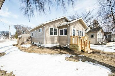357 15TH AVE S, FARGO, ND 58103 - Photo 2