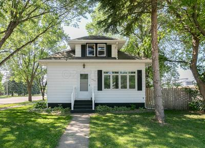 420 SPRUCE ST, Kindred, ND 58051 - Photo 1