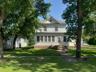 605 MAIN ST, Buffalo, ND 58011 - Photo 1