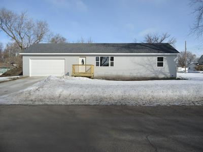 201 4TH AVE NW, Barnesville, MN 56514 - Photo 2