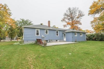 624 E CALEDONIA AVE, Hillsboro, ND 58045 - Photo 2