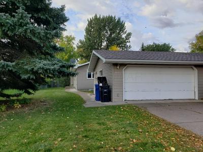 2413 18TH ST S, Fargo, ND 58103 - Photo 2