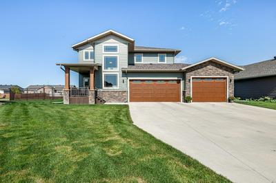 6135 MAPLE VALLEY DR S, Fargo, ND 58104 - Photo 1