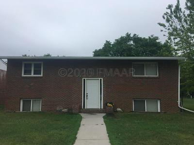 414 2ND AVE SW, Hillsboro, ND 58045 - Photo 1
