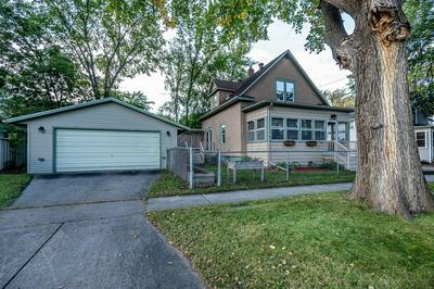 810 10TH AVE N, Fargo, ND 58102 - Photo 1