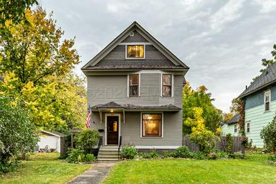 819 8TH AVE N, Fargo, ND 58102 - Photo 1