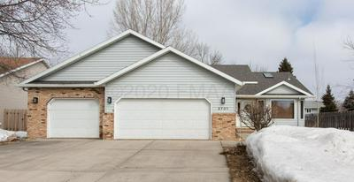 2701 25TH AVE S, FARGO, ND 58103 - Photo 2