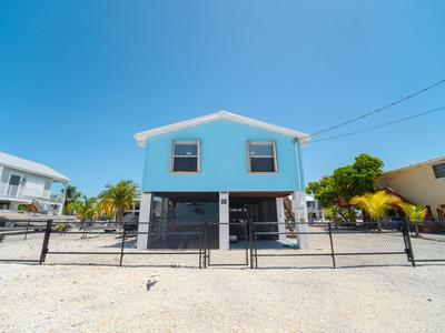 29555 CONSTITUTION AVE, Big Pine Key, FL 33043 - Photo 2