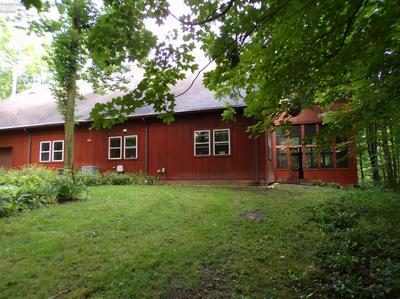 1011 JARVIS RD, Wakeman, OH 44889 - Photo 2