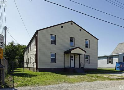 233 DIXIE AVE, Sandusky, OH 44870 - Photo 2