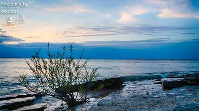 1110 W LAKESHORE DR, Kelleys Island, OH 43438 - Photo 2