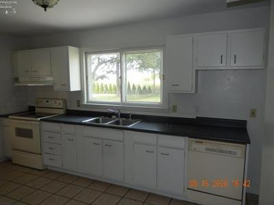 2911 BAYVIEW, Sandusky, OH 44870 - Photo 2