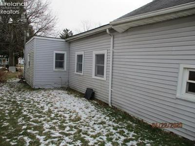 1206 WILLARD ST, BUCYRUS, OH 44820 - Photo 2
