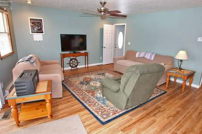 319 LOWER CLIFF DR, KELLEYS ISLAND, OH 43438 - Photo 2