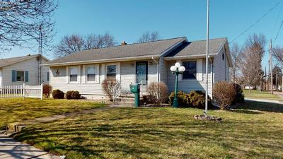 16 W PERRY ST, WILLARD, OH 44890 - Photo 1