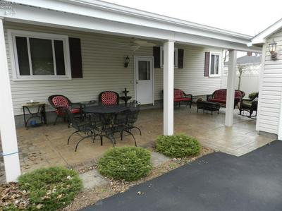 828 N MAIN ST, CLYDE, OH 43410 - Photo 2