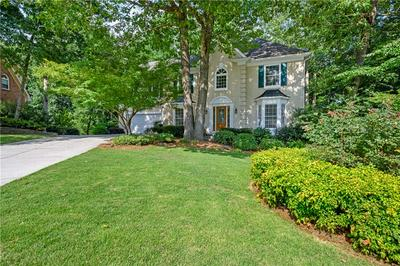 240 WILLOW BROOK DR, Roswell, GA 30076 - Photo 2