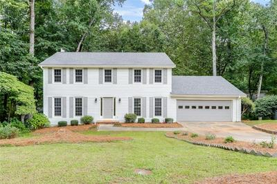 5077 WILLOW POINT PKWY, Marietta, GA 30068 - Photo 1