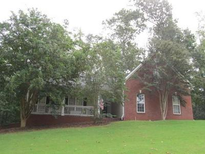 49 THORNHILL CIR, Jefferson, GA 30549 - Photo 1