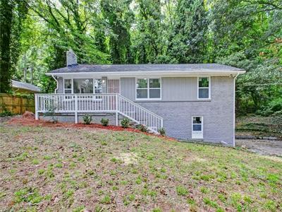 585 BROWNLEE RD SW, Atlanta, GA 30311 - Photo 2