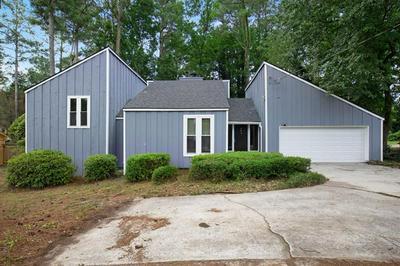 4572 SHALLOWFORD RD, Roswell, GA 30075 - Photo 1