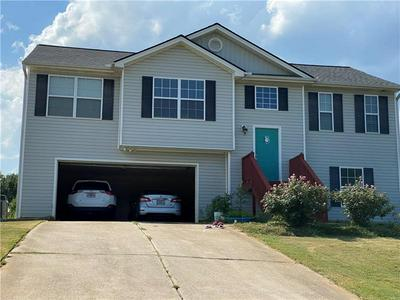 1215 CLEARWATER DR, Winder, GA 30680 - Photo 2