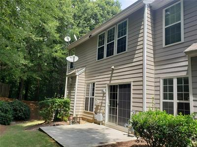 240 FINCHLEY DR, Roswell, GA 30076 - Photo 2