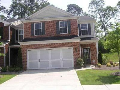 211 BELLECLIFF CT, Tucker, GA 30084 - Photo 2