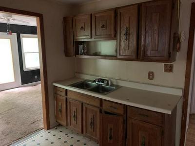 205 UNCLE REMUS CT, Eatonton, GA 31024 - Photo 2