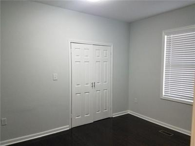 2085 BROWNS MILL RD SE, Atlanta, GA 30315 - Photo 2