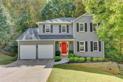 650 CRANBERRY TRL, Roswell, GA 30076 - Photo 1
