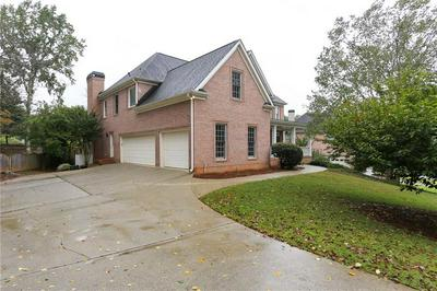 710 NORTHWIND TER, Roswell, GA 30075 - Photo 2