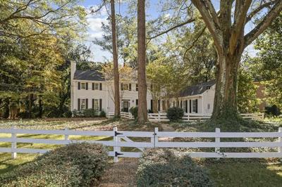 1386 HANOVER WEST DR NW, Atlanta, GA 30327 - Photo 2