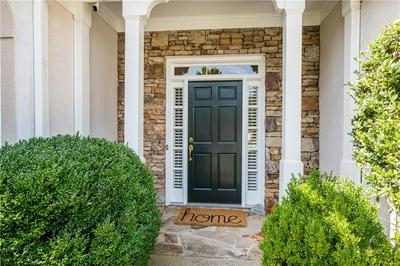 4976 SECLUDED PINES DR, Marietta, GA 30068 - Photo 2
