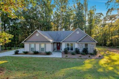 728 CAMBRIDGE FARMS DR, Hoschton, GA 30548 - Photo 1