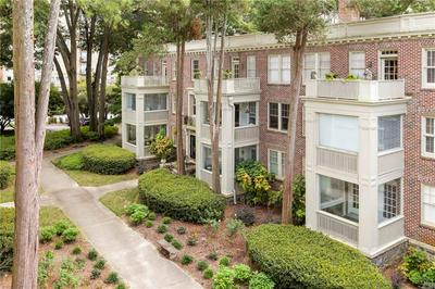 2260 PEACHTREE RD NW APT D6, Atlanta, GA 30309 - Photo 1