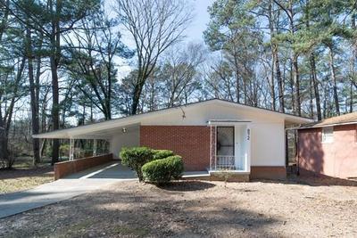 872 HARWELL RD NW, Atlanta, GA 30318 - Photo 1