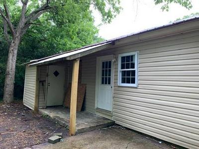 207 UNCLE REMUS CT, Eatonton, GA 31024 - Photo 2